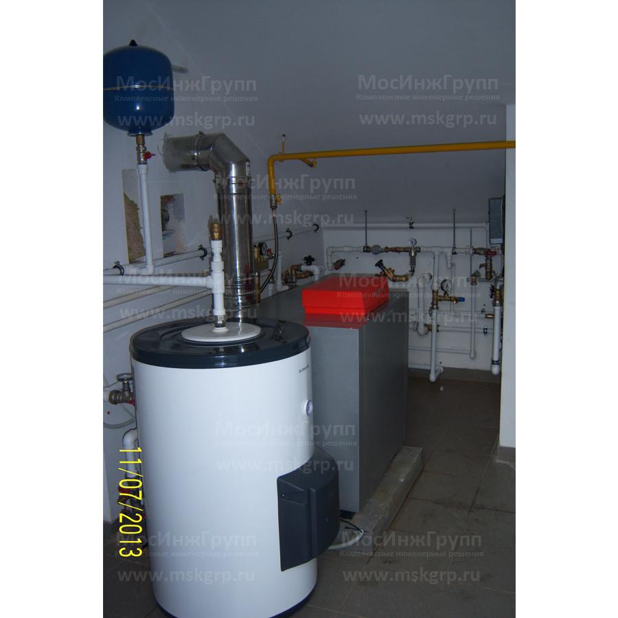 Установка напольного газового котла Viessmann